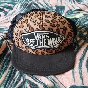 VANS Off The Hall Leopard Hat